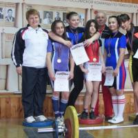 Кущевские тяжелоатлетки - снова лучшие в крае!